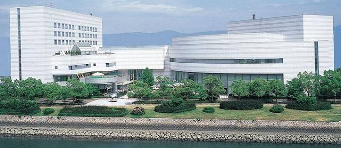 広島市文化交流会館(旧 広島厚生年金会館) 指定管理者 Fun Space株式会社