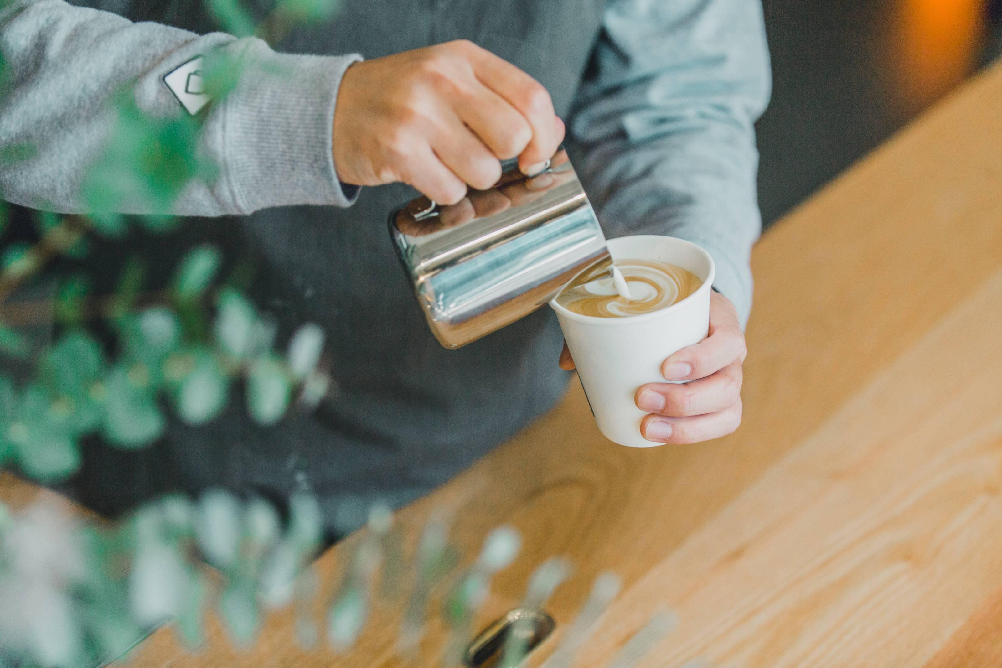 株式会社カンカク 『TAILORED CAFE』